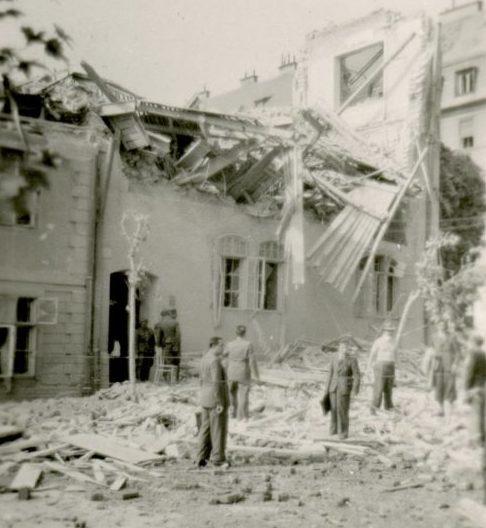 Братислава после бомбардировки союзниками. Погибло 9 немецких военнослужащих ценой разрушения города 16 июня 1944 г.