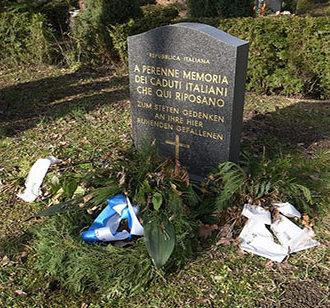 г. Дессау-Рослау. Братская могила итальянских солдат, погибших во время Второй мировой войны.