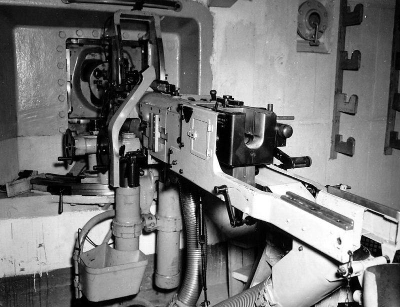 Казематная 40-мм Kanón vz. 36 в бункере. Нормандия. 1942 г.