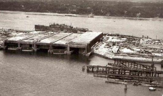 Бункер «Finch II» во время строительства.