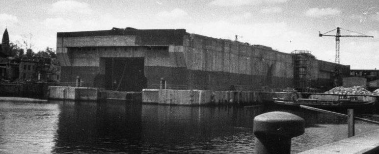Вид на бункер с причала. 1944 г.