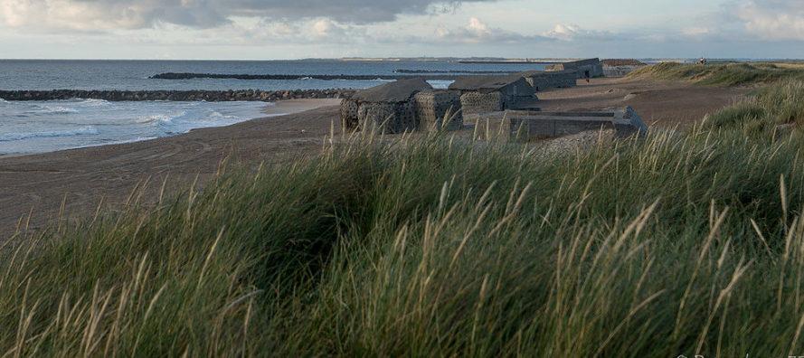 Остатки прибрежных бункеров.