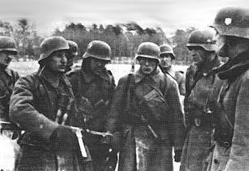 Солдаты дивизии в Югославии.