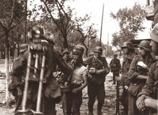 Пленный красноармеец. Июль 1942 г.