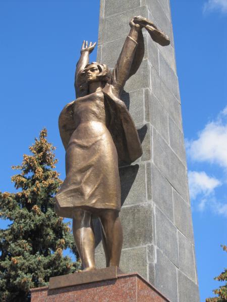 г. Гомель. Памятник героям-комсомольцам.