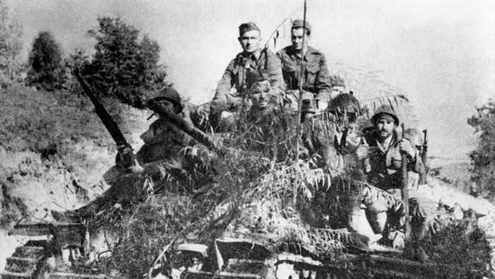 Бронетехника повстанцев. Сентябрь 1944 г.