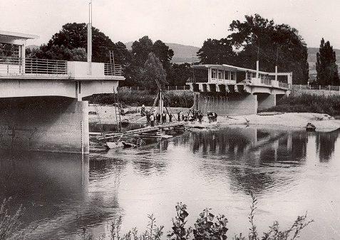 Взорванный повстанцами мост в Пьештянах. Сентябрь 1944 г.