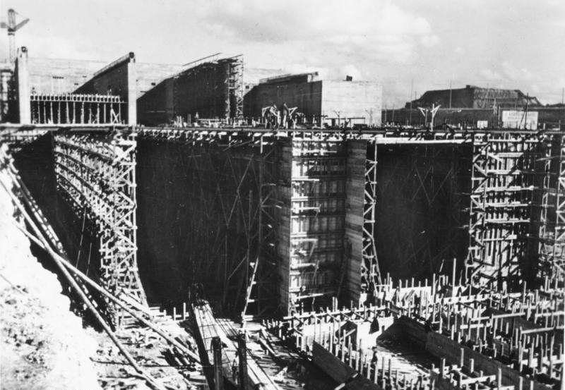 Строительство бункера «Ля-Рошель».
