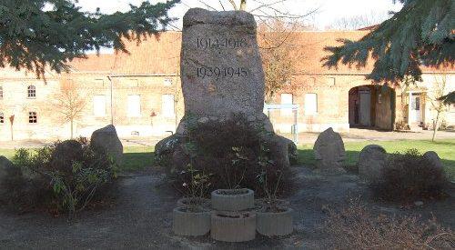 Коммуна Херен. Памятник землякам, погибшим в годы обеих мировых войн.