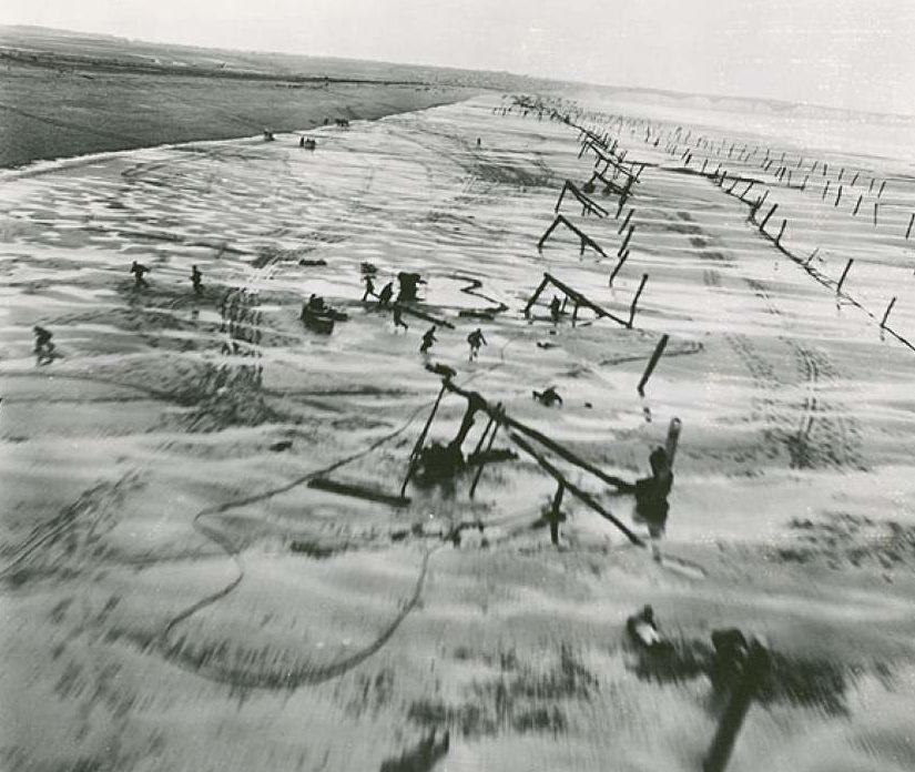 Противодесантная защита побережья. Нормандия. 1944 г.