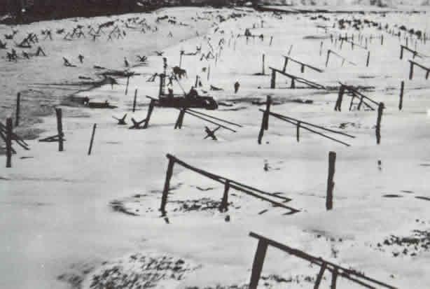 A tengerpart antiamfibikus védelme.  Normandia.  1944 g.