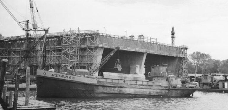 Строительство бункера типа «Scorf» в Лорьяне.