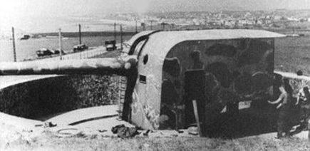 Одно из четырех морских 194-мм орудий форта «Crеche I».