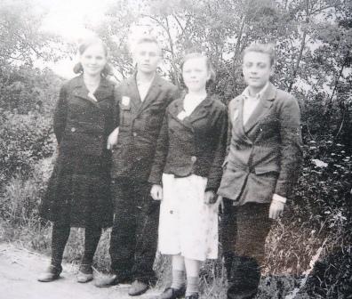 Украинские пары из подневольных работников. 1944 г.