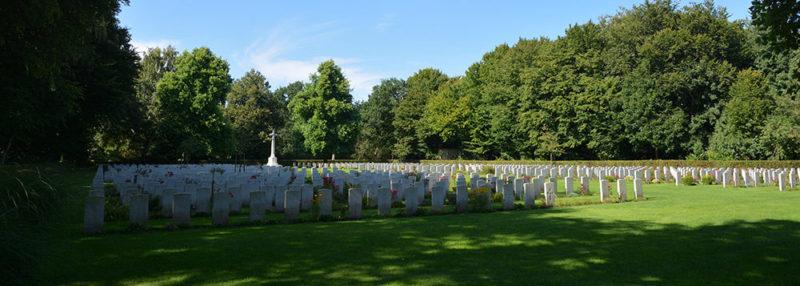 г. Киль. Военное кладбище, где похоронено 938 солдат союзников.