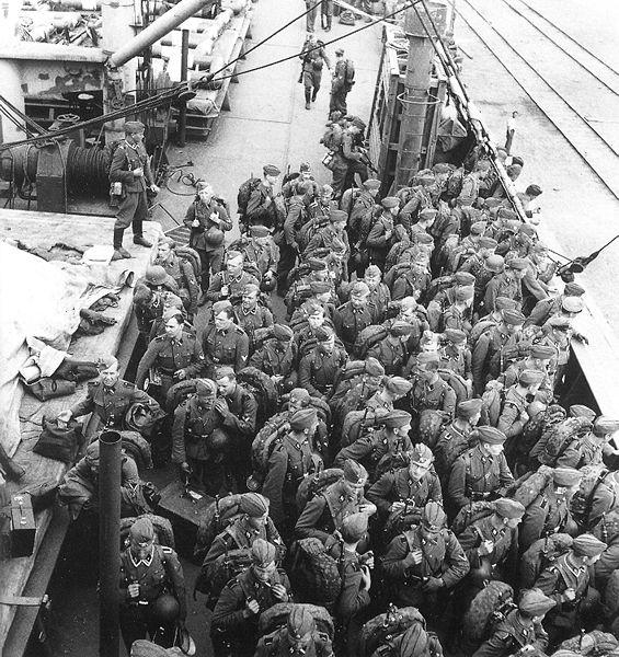 Финские добровольцы возвращаются домой. Май 1943 г.