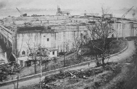 Вид на бункер «Bruno» с берега. 1944 г.