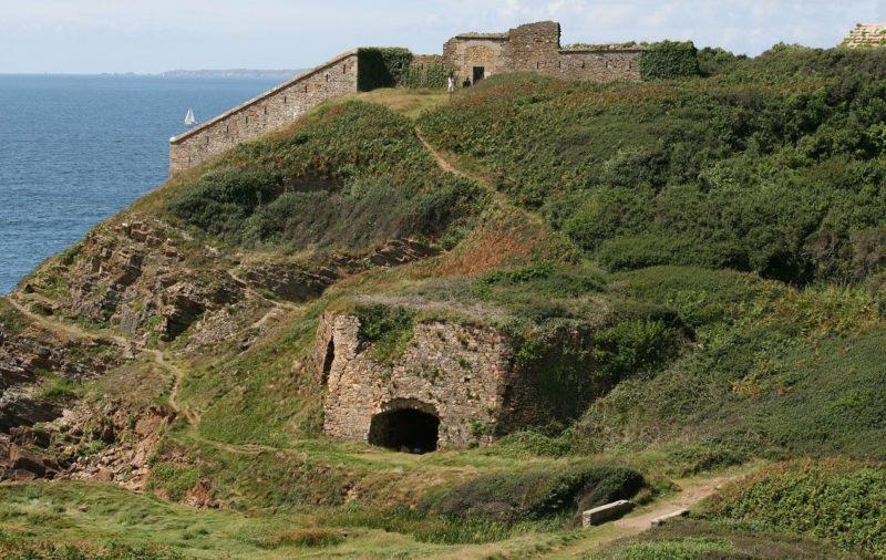 Сооружения форта Fraternitе.