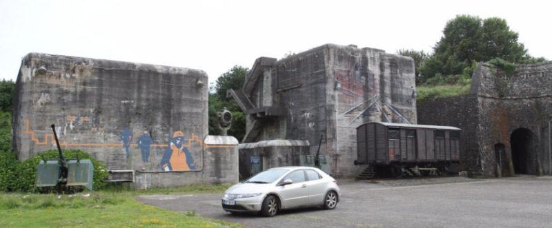 Сооружения форта «Montbarey».