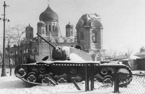 Советский танк зимует на прежнем месте. Январь 1943 г.