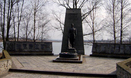 д. Сеньковщина Слонимского р-на. Братская могила советских воинов.
