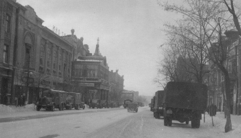 Улица Энгельса (Садовая). Январь 1943 г.