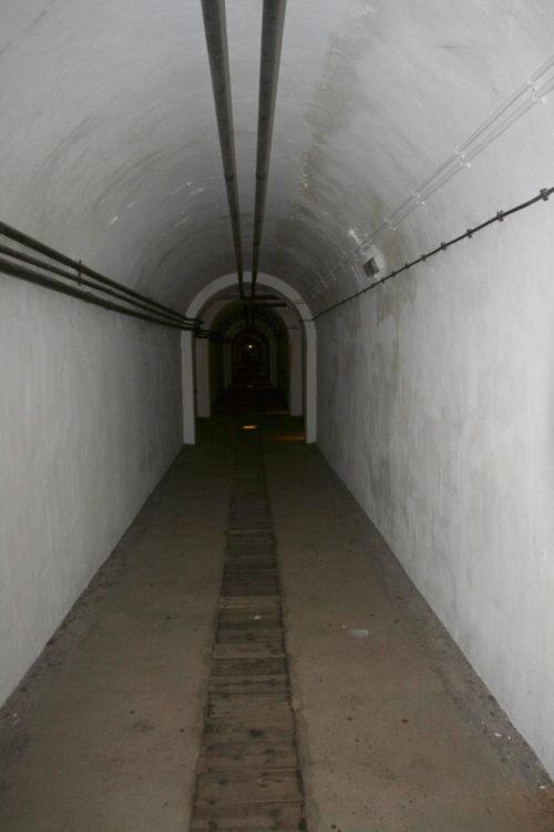 Вход в тоннель-госпиталь.