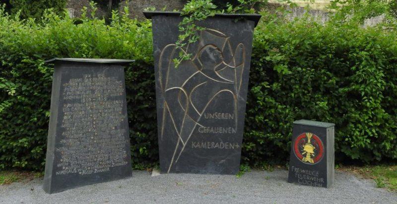 г. Кохем. Памятник пожарным, погибшим в годы обеих мировых войн.