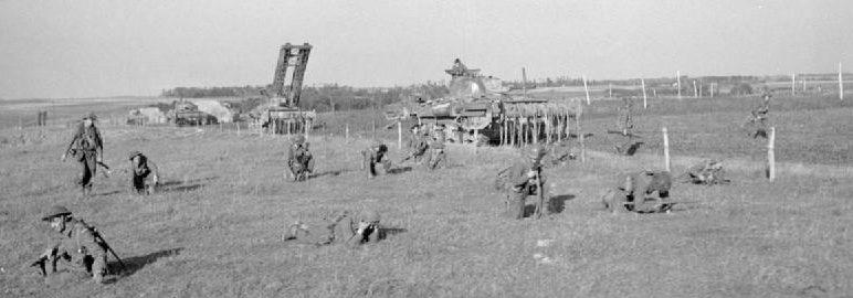Высадка союзниками десанта у Гавра.