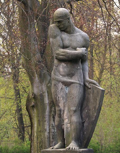 г. Зебниц. Мемориал павшим немецким солдатам в городе Зебниц в Саксонии.