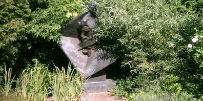 Памятники жертвам Холокоста.