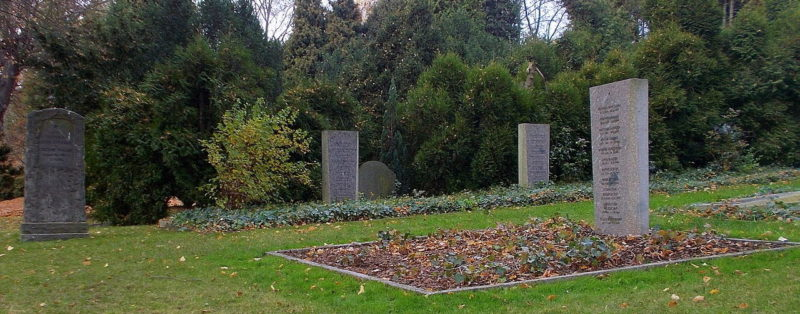 п. Фрайтале р-н Дёлен. Советское военное кладбище.