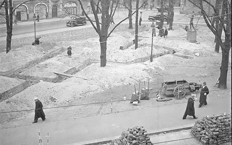 Строительство «щелей» в Хельсинки. Октябрь 1939 г.
