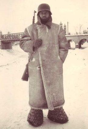 Русская зима в лаптях. г. Орел, февраль 1942 г.