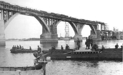 Восстановление моста итальянскими саперами. Сентябрь 1941 г.