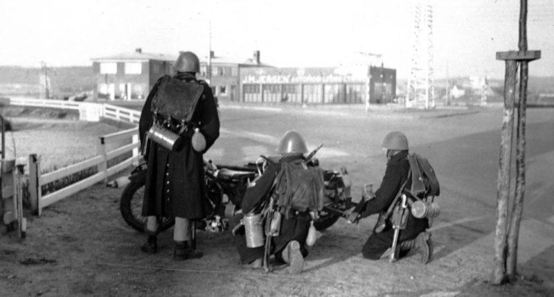 Датские противотанковые заслоны на дорогах. 9 апреля 1940 г.