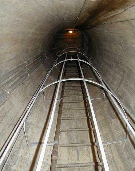 Аварийный выход с подземелья.