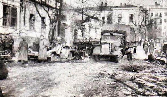 Немцы на улице Греческой. 8 октября 1941 г.