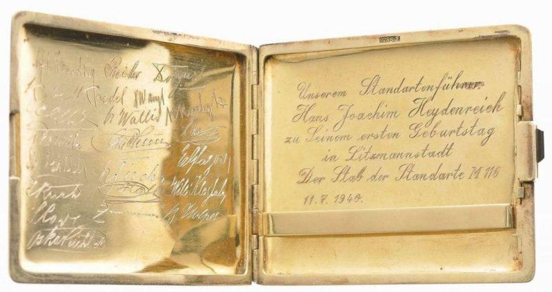 Серебряный немецкий портсигар не просто трофей, а ценный трофей.