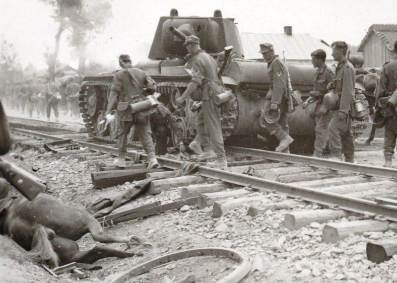 Уничтоженные советские танки. Август 1941 г.