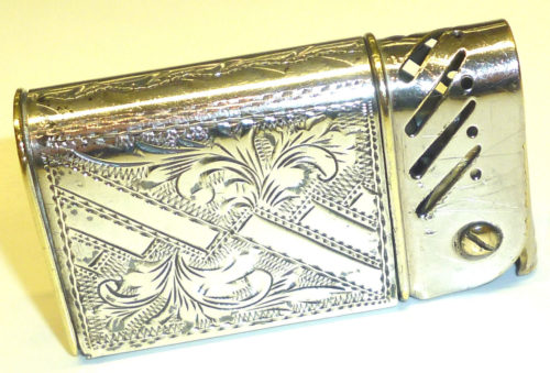 Зажигалка «Taifun» австрийской фирмы TCW, выпускалась в 1930-х годах.