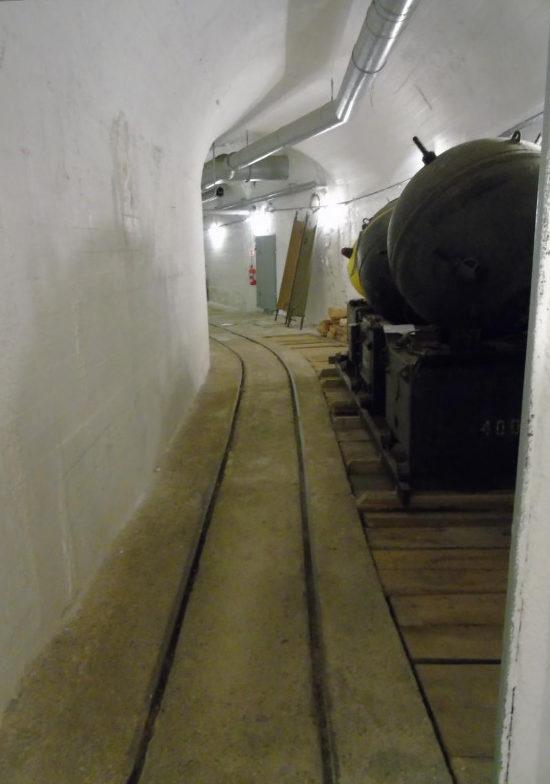 Подземные тоннели батареи.