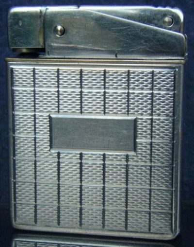 Зажигалка «Gloric» австрийской фирмы TCW, выпускалась в 1930-х годах.