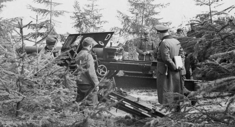Захваченное немцами датское орудие. 9 апреля 1940 г.