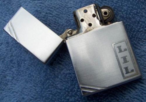 Зажигалка «Zippo» из модельного ряда 1936 года.