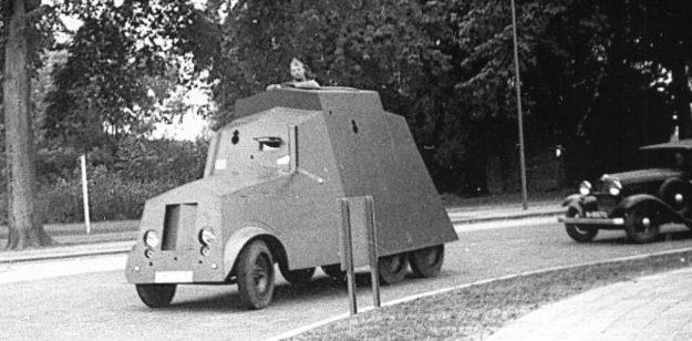 Бронеавтомобиль фирмы «Моррис» с личным именем «Biffel» (Бык). 1939 г.