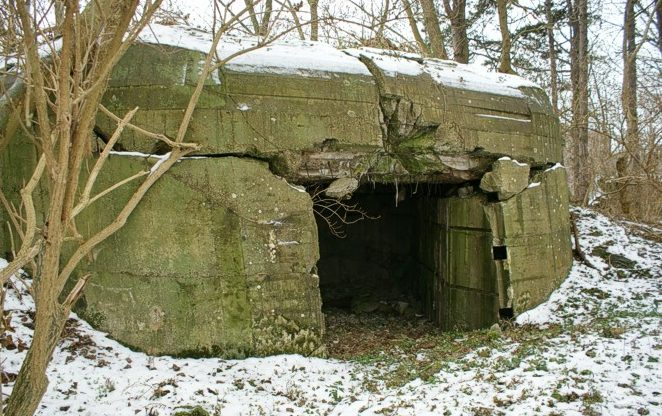 Каземат типа 669 для 15-мм орудия.