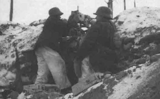 Финны в окопах у Тайпале. Ноябрь 1939 г.