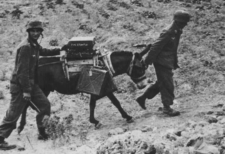 Подвоз боеприпасов. о. Крит. 1941 г.