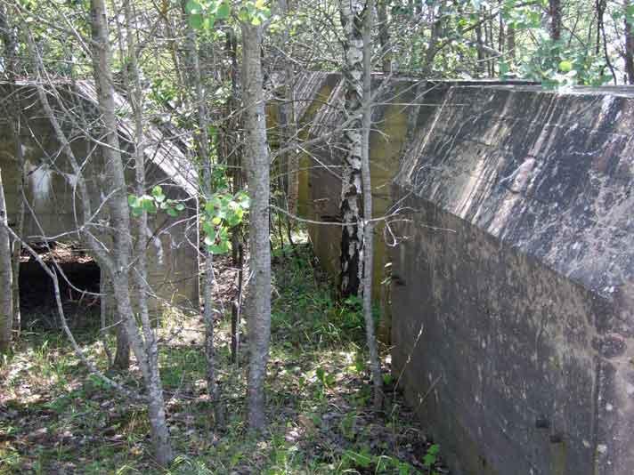 Бункеры линии.